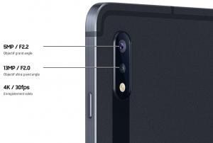 L'écran ultra large méritait un appareil photo ultra grand angle